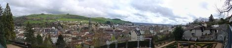 800px-Aurillac_-_pano
