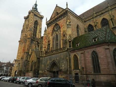 üks kirikutest