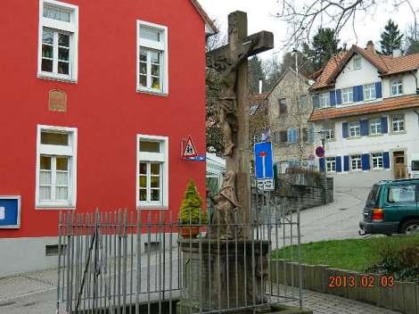 Edela- Saksamaa on valdavalt katoliiklik. Meie linnas on 2 kirikut: katoliku ja protestandi.