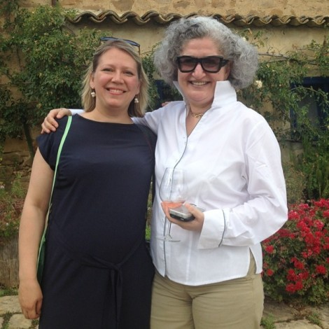 Anissa Helou ja Pille Petersoo Anna Tasca Lanza kokakooli 25. sünnipäeva pidustused/ pilt Pille erakogust *